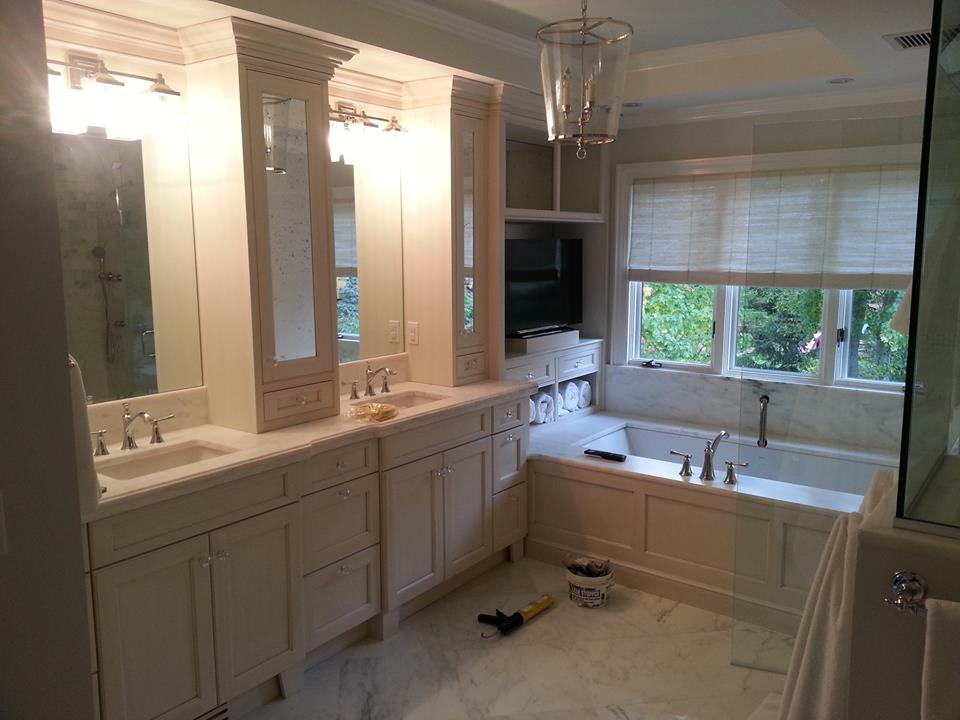 A Picture of a White Master Bathroom.